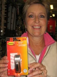 Cheri's Command adhesive hooks